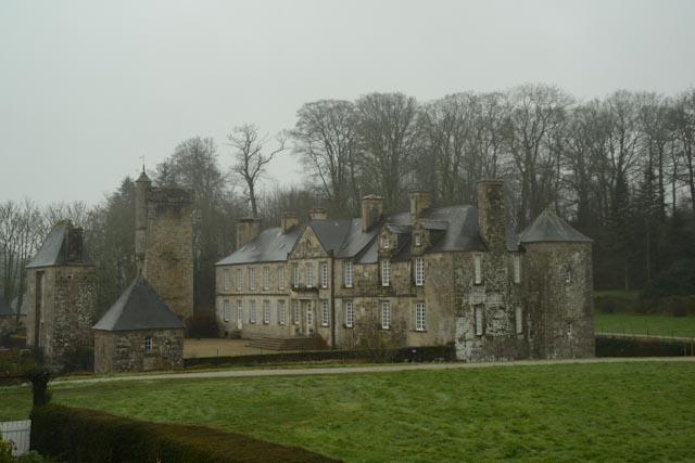 Vue latérale du château de Gonneville près de Cherbourg (50)